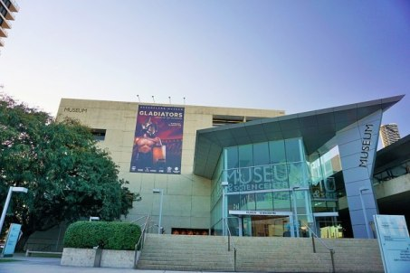 1024px-Queensland_Museum_&_Science_Centre_-_Joy_of_Museums_-_External